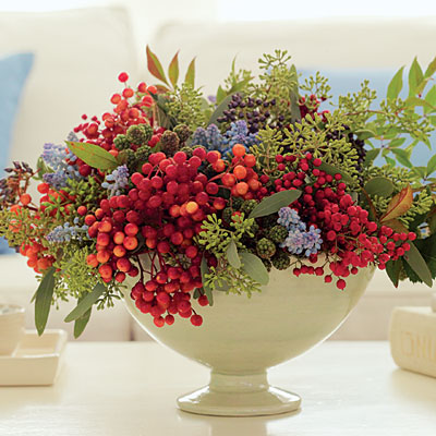 floral arrangement with berries for Thanksgiving