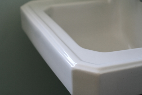 sink detail porcelain