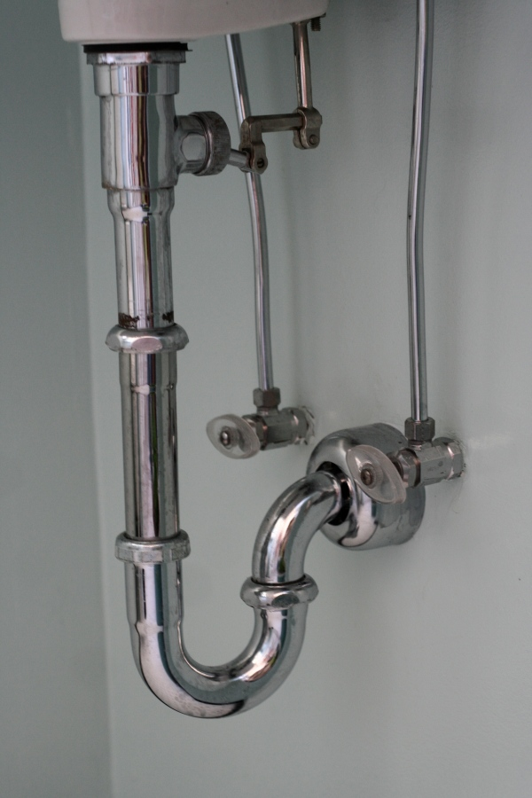 chrome sink pipes